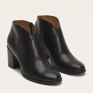 Frye Nora Zip Short Booties